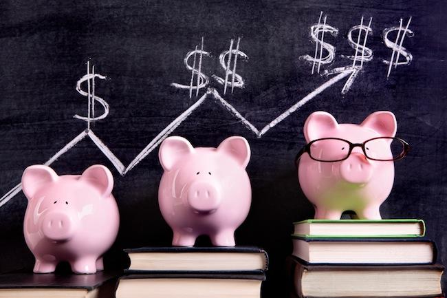 Piggy Banks with savings chart