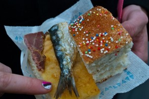 I'm not used to eating fish on sweetbread, but hey, why not? Requena food and wine festival.
