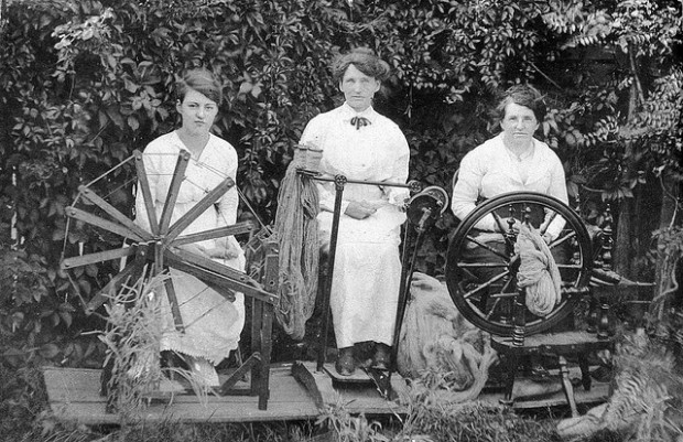 vintage photos of crafting