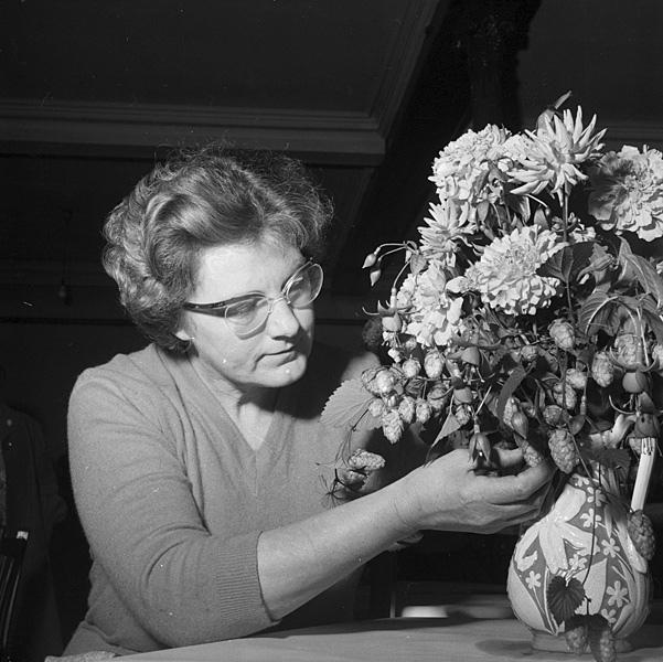 vintage photos of floral arrangements