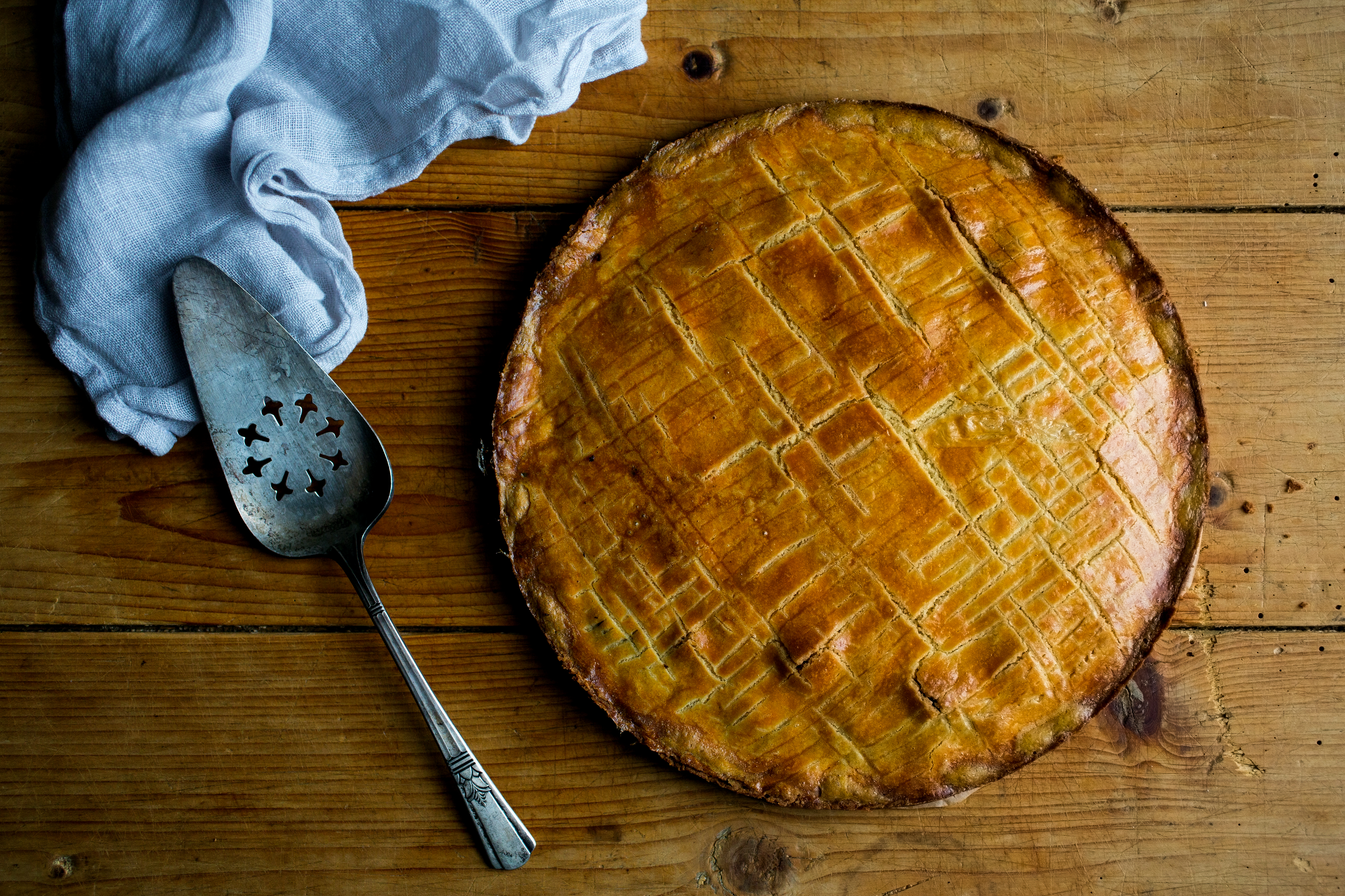 MELISSA CLARK, Cookbook Baking, Gateau Breton Adapted from Patisserie Made Simple by Edd Kimber