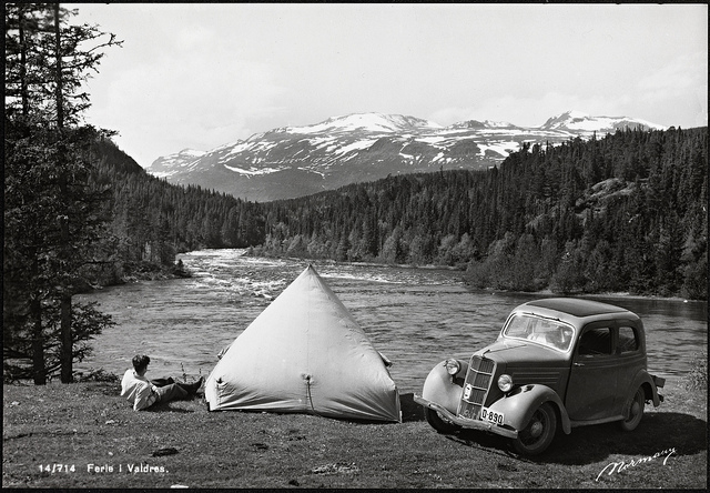 Throwback Thursday: Vintage Summer Vacation Photos