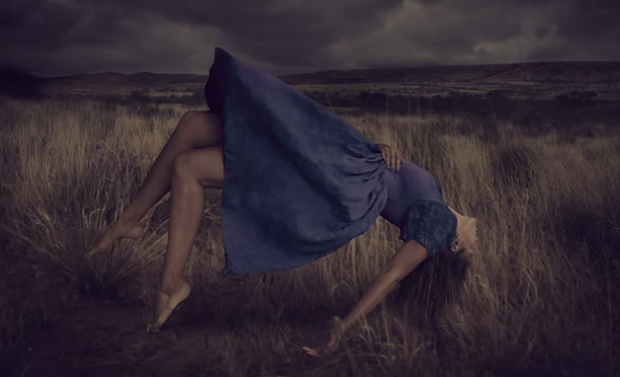 brooke shaden how to make a model levitate