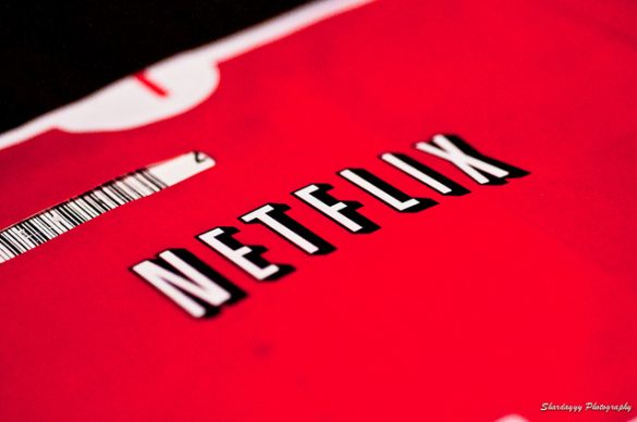 netflix movies to stream over the holidays