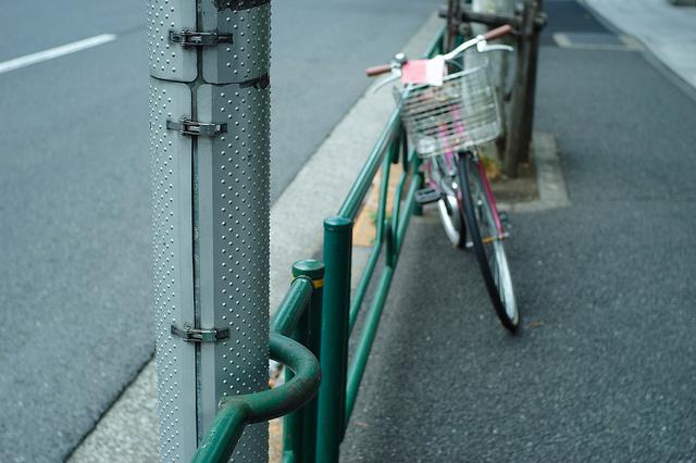 bike against guard rail
