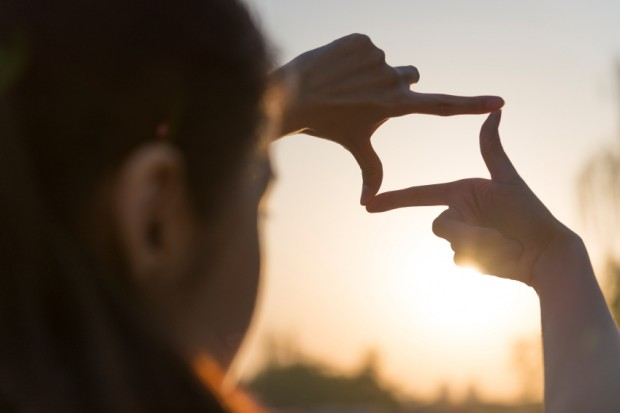 fingers square sun