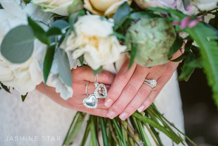 How Jasmine Star Prepares Her Clients For The Wedding Day