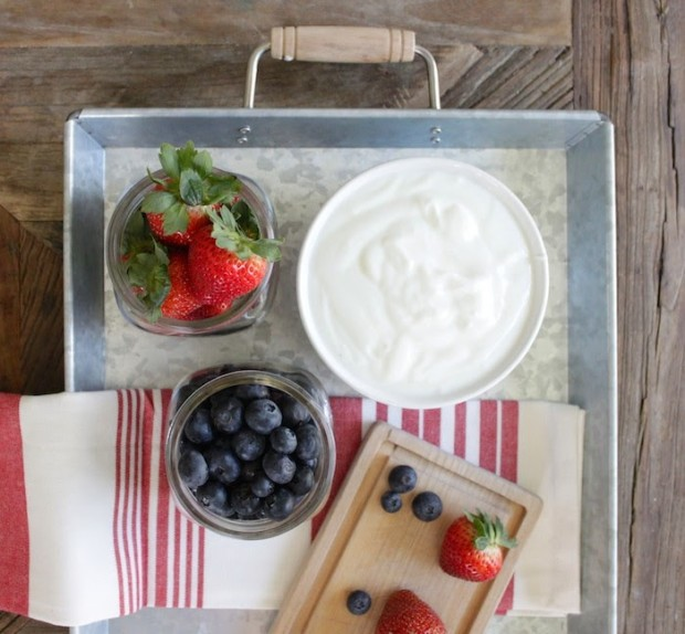 Nutritious ingredients can be turned into delicious 4th of July Patriotic Popsicles. Get the recipe on the CreativeLive blog.