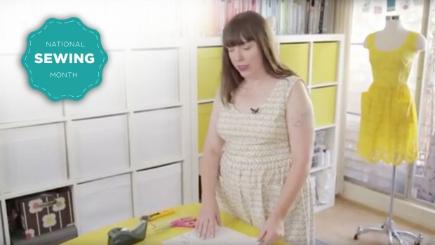 Learn how to assemble a PDF pattern on CreativeLive http://blog.creativelive.com/how-to-put-a-pdf-pattern-together-and-start-sewing/