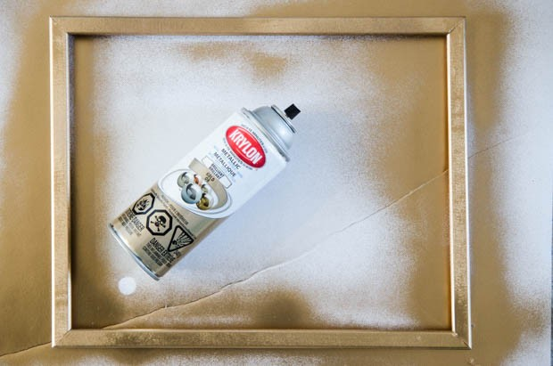 Make your own gilded frame – the easy way! http://blog.creativelive.com/an-affordable-and-beautiful-diy-gift-idea-marbled-print-in-a-gilded-frame