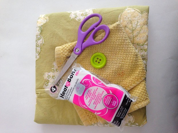 Supplies for making a no-sew apron (with a detachable towel) using a vintage pillowcase