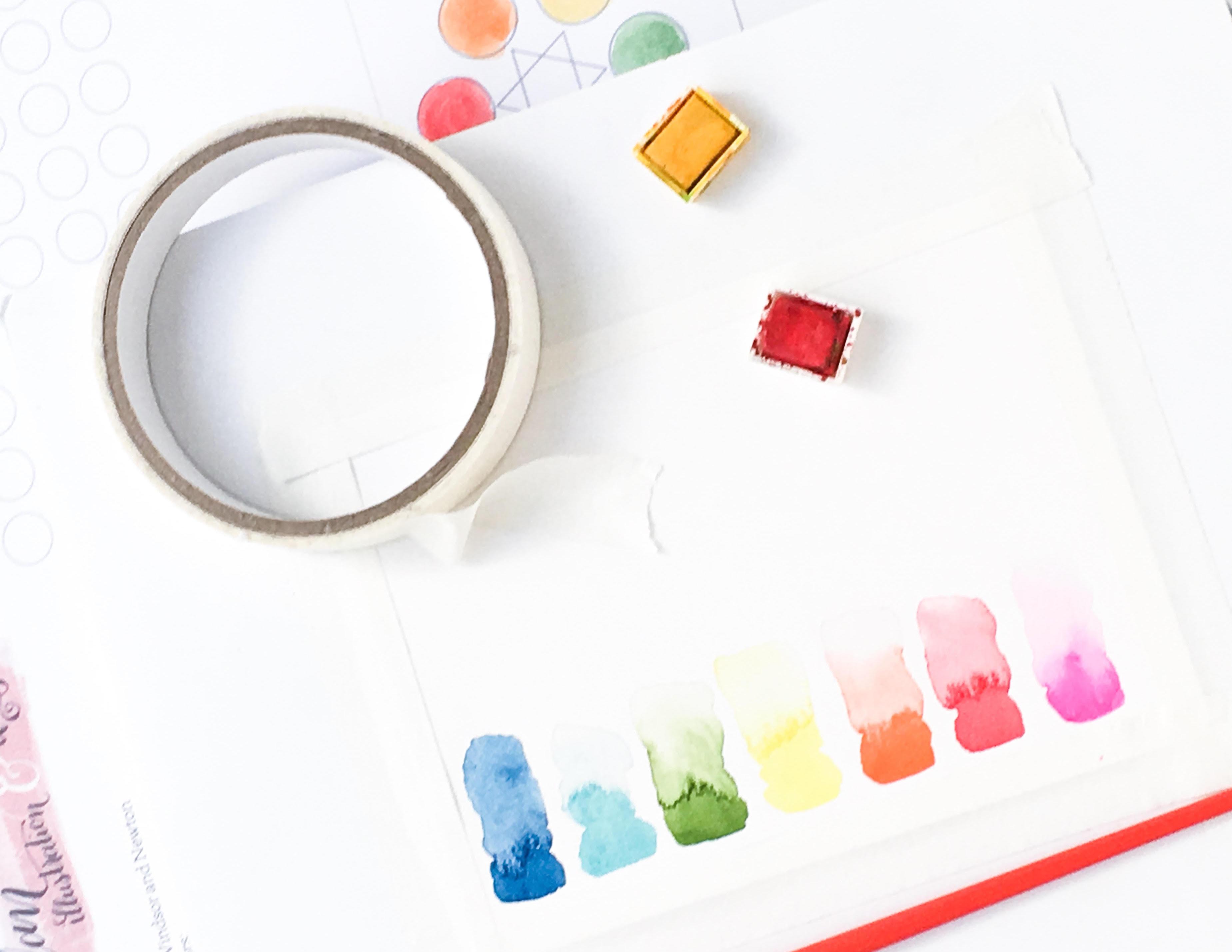 Commencer un nouveau passe-temps à l'aquarelle ne doit pas être intimidant. Consultez notre guide sur l'aquarelle pour les débutants de Natalie Malan sur le blog CreativeLive.