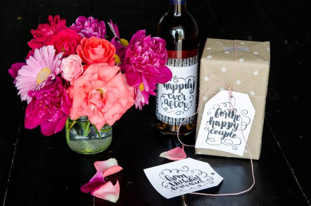 Love these brush-lettered wedding gift tags? Download the PDF on the CreativeLive blog.