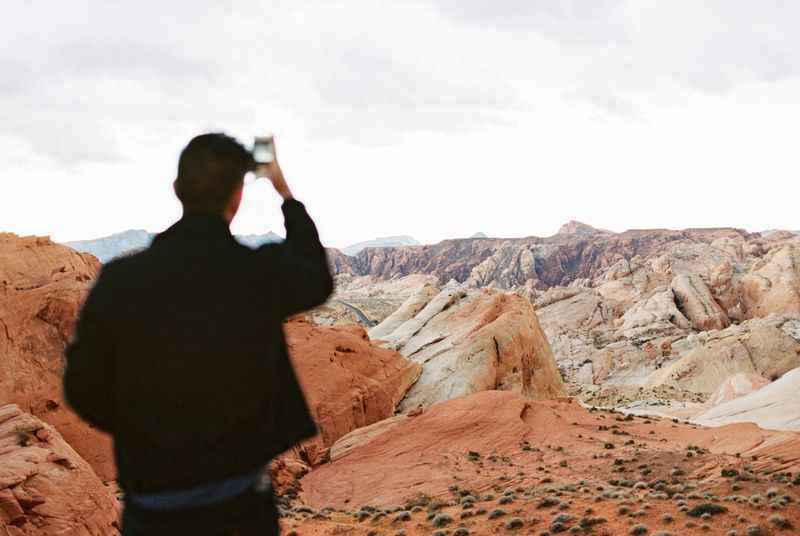 6 iPhone Photography Tips to Create Striking Photos with Minimal Gear